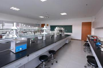食品营养检测实验室